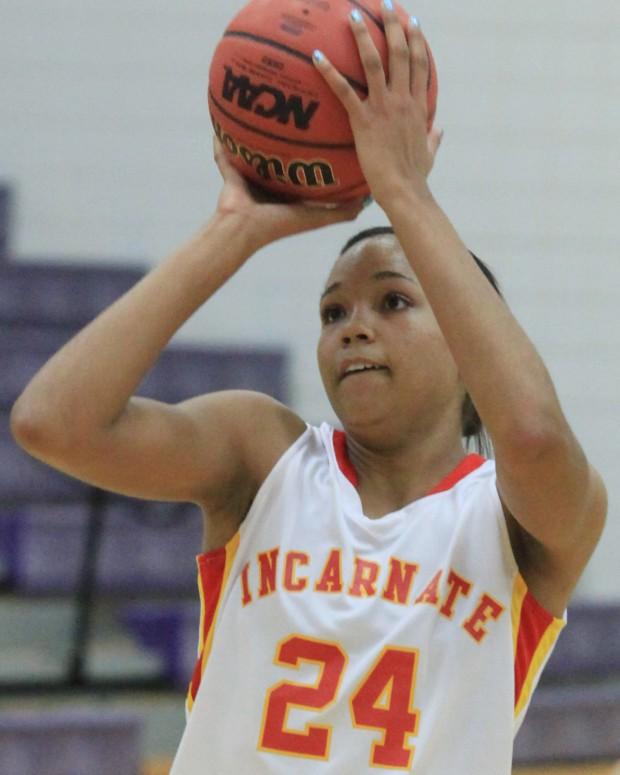 Napheesa Collier Iwa Basketball 7