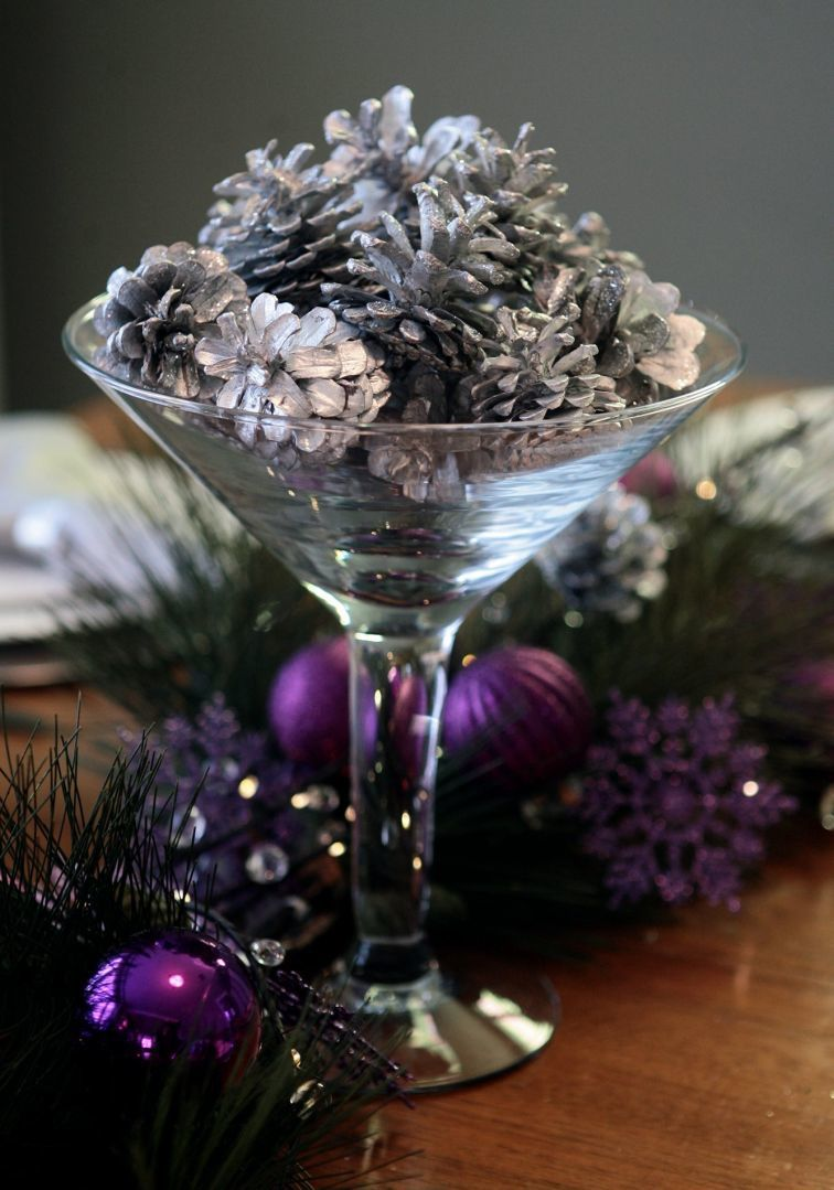 Holiday tabletop: Pine cones