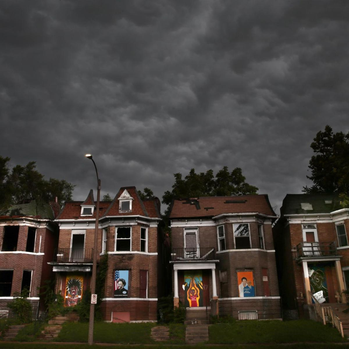 LRA owns the 12,000 St  Louis properties no one wants  And