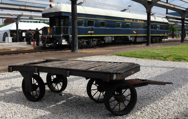 Union Station owners hope to return rail travel to Chicago