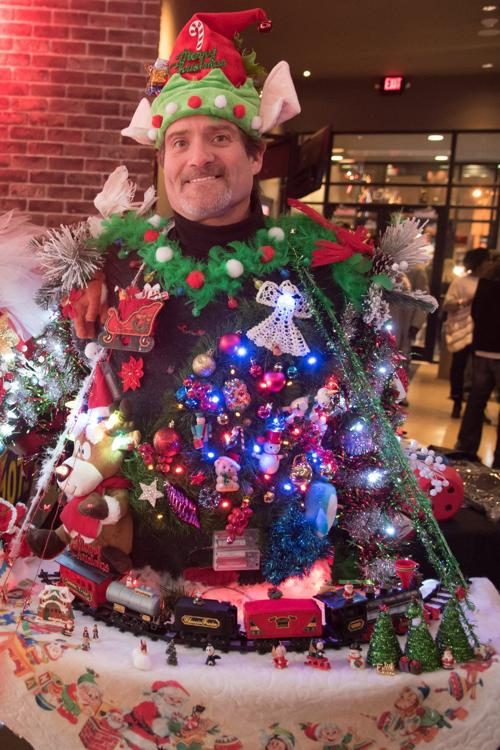 Worlds Largest Ugly Christmas Sweater Party At Ballpark Village