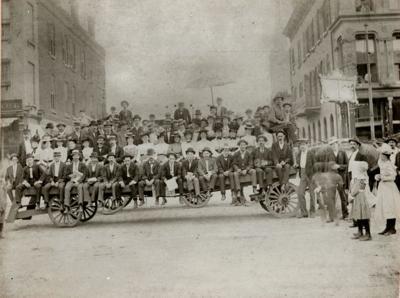 Streetcar strike supporters