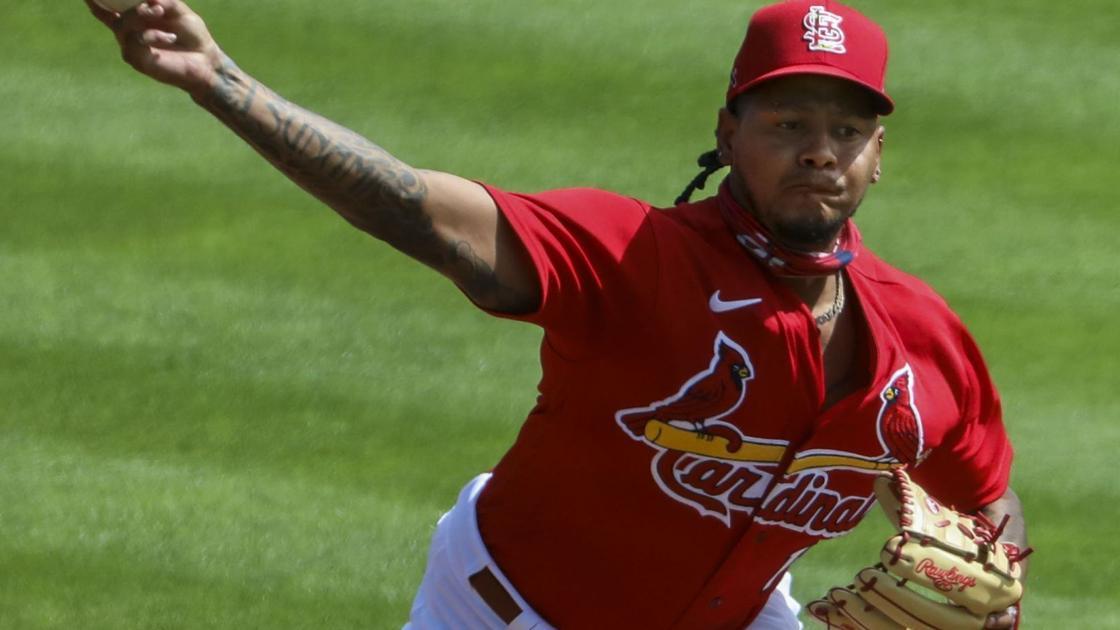 Cardinals' Martinez returns to scene of his last win