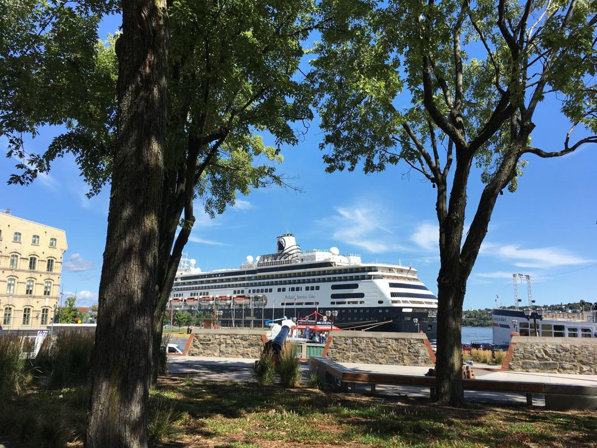 Canada Cruise: Zaandam