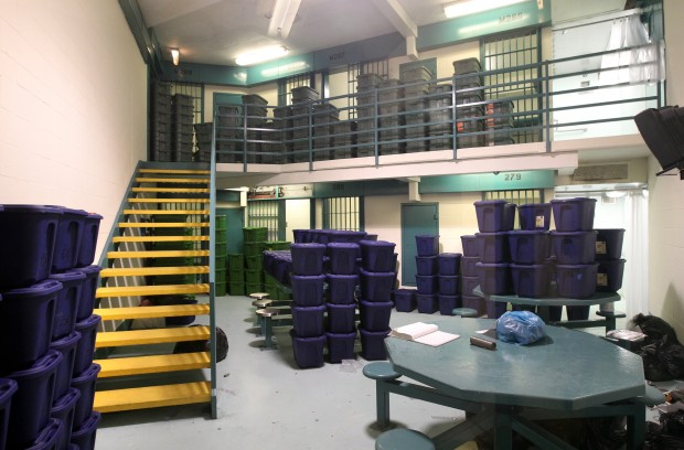 Jefferson County Jail is overflowing with inmates | Metro | stltoday com