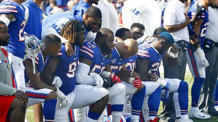 If Super Bowl players kneel, NBC will show them during national anthem