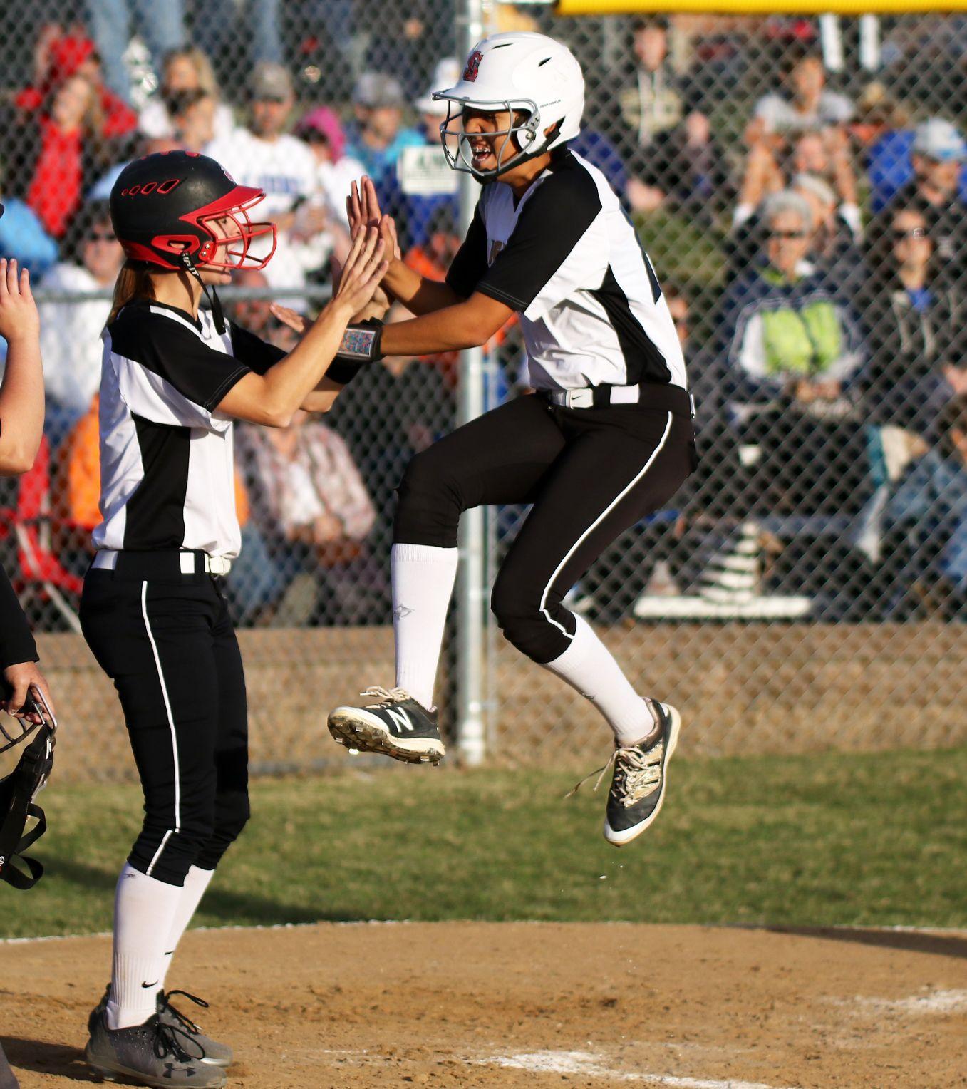Oakville vs. Northwest Cedar Hill softball (3).JPG
