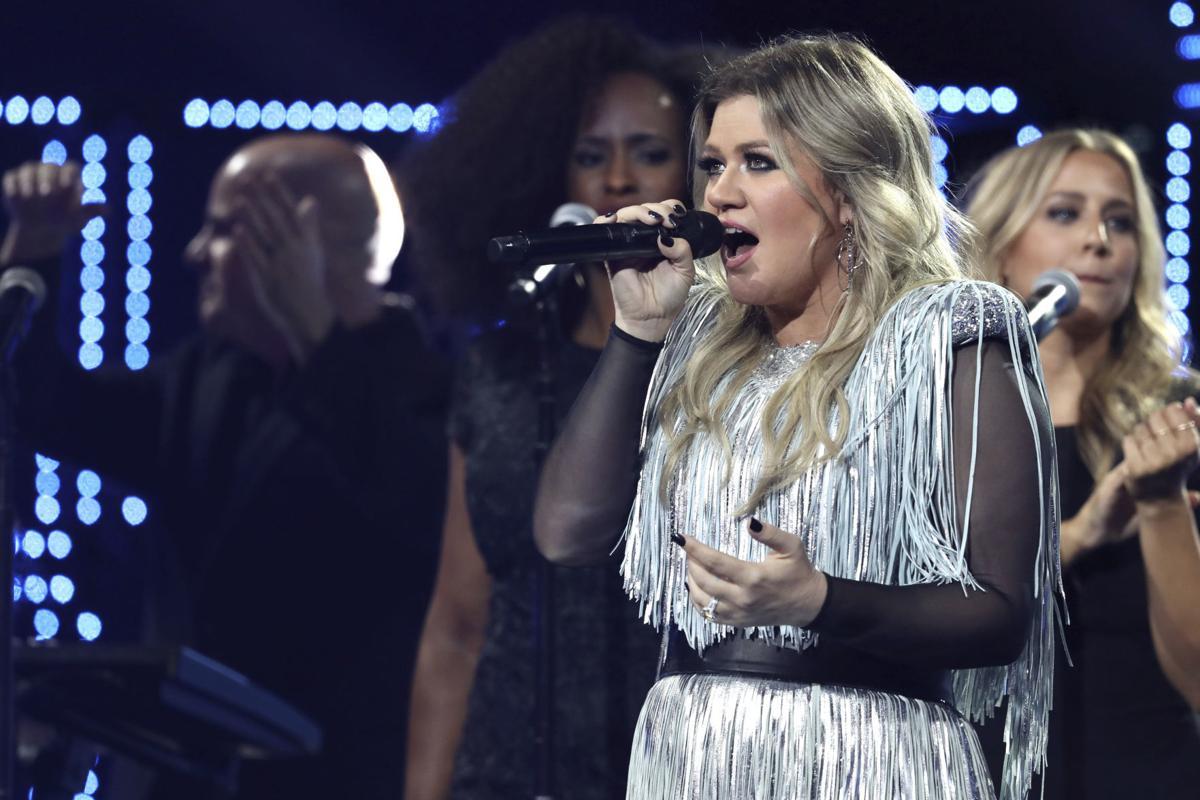 Ticket Tracker: Kelly Clarkson tour heading to Chaifetz Arena