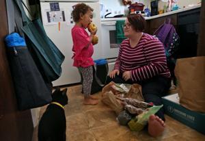 Was passiert, wenn kämpfen, schwangere Mütter bekommen wöchentlich Aktien von frischen Lebensmitteln?