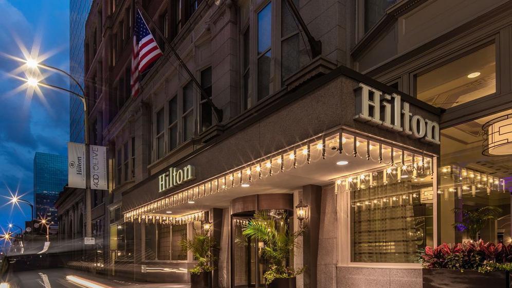 Florida Firm Sells Downtown St Louis Hilton Business Stltoday Com
