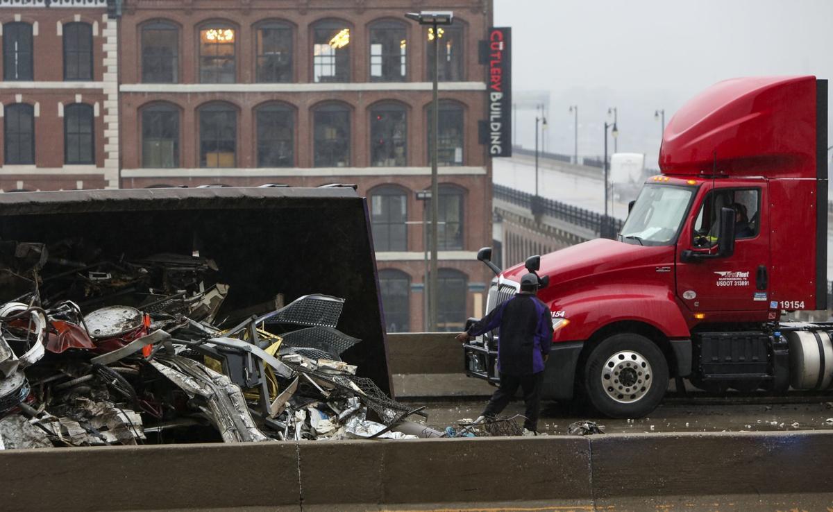 Crash involving semi truck shuts down lanes on I-44 in downtown St