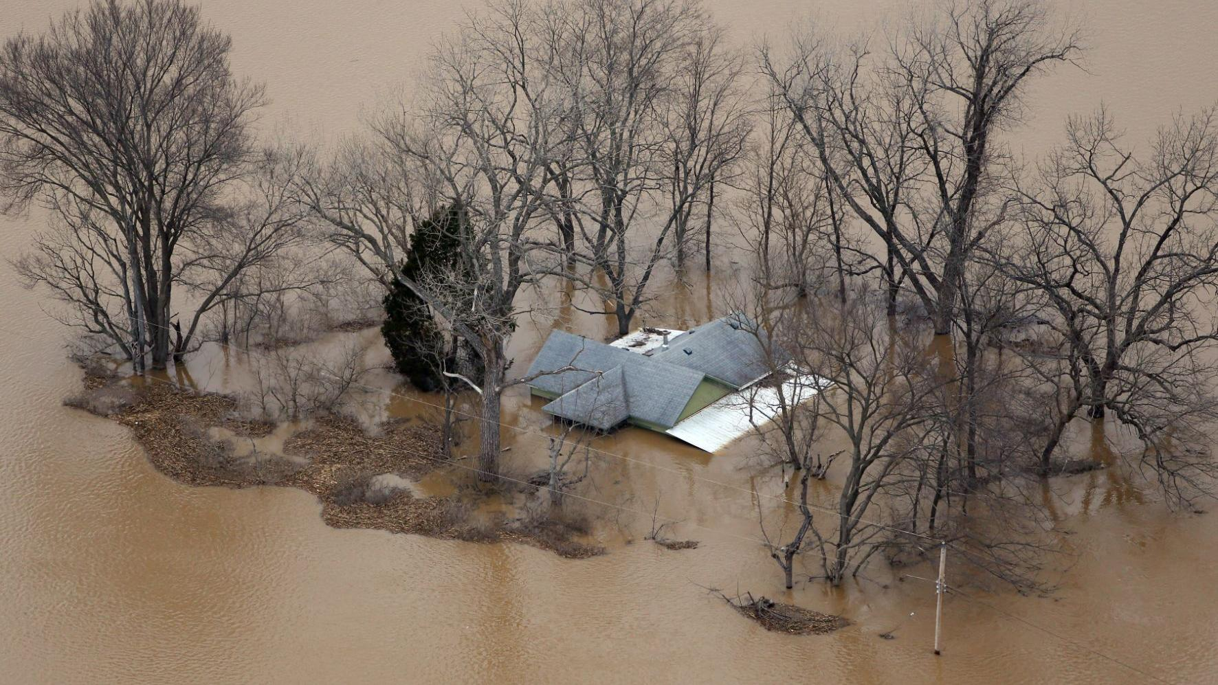 5 years ago: Aerial photos showed historic flooding on Meramec River
