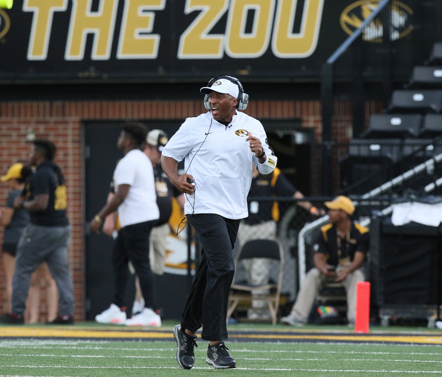 Missouri fires defensive coordinator Cross after slow start