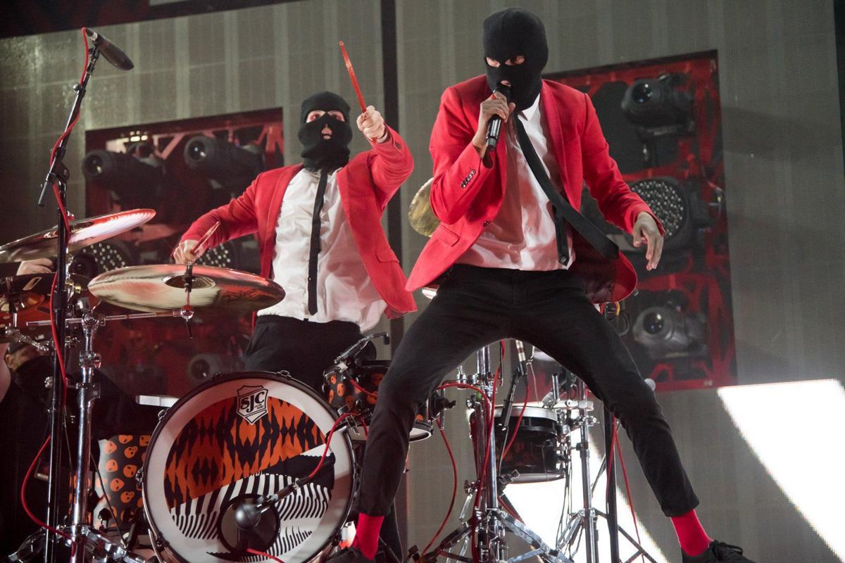 Twenty One Pilots sell out Enterprise Center (formerly Scottrade Center)
