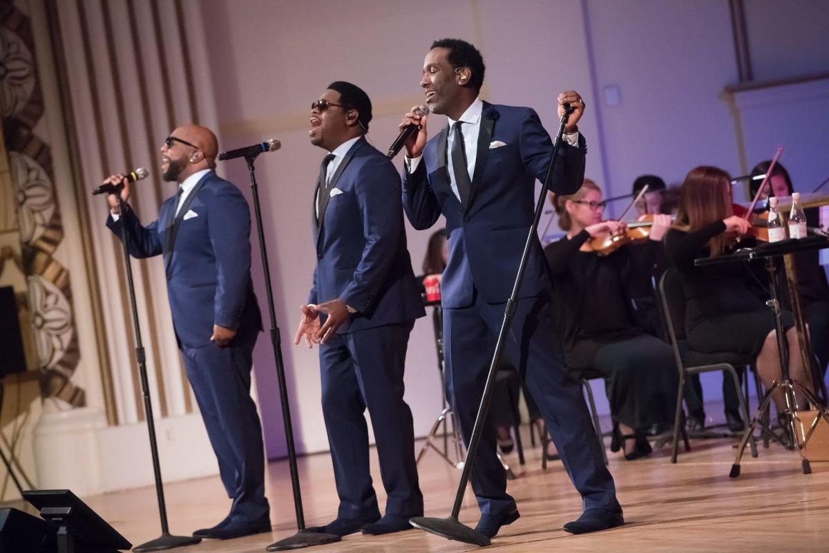 Boyz II Men performs with St. Louis Symphony Orchestra