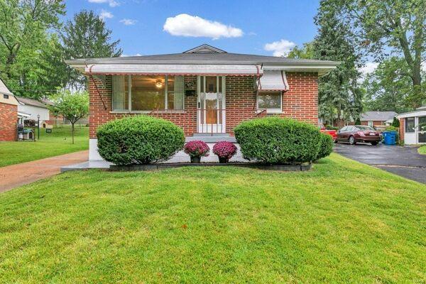 3 Bedroom Home in St Louis - $92,900