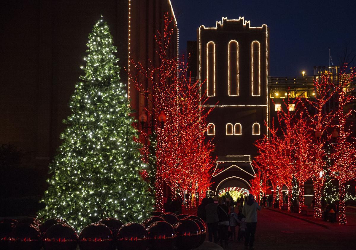 Holiday light displays around St. Louis will make your spirits glow ...