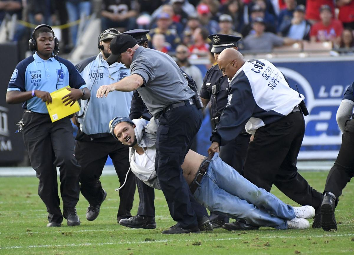 Empty Seats Angry Fans Scenes From A Faded Blue And Fake Gold Embarrassment For The La Rams Professional Football Stltoday Com