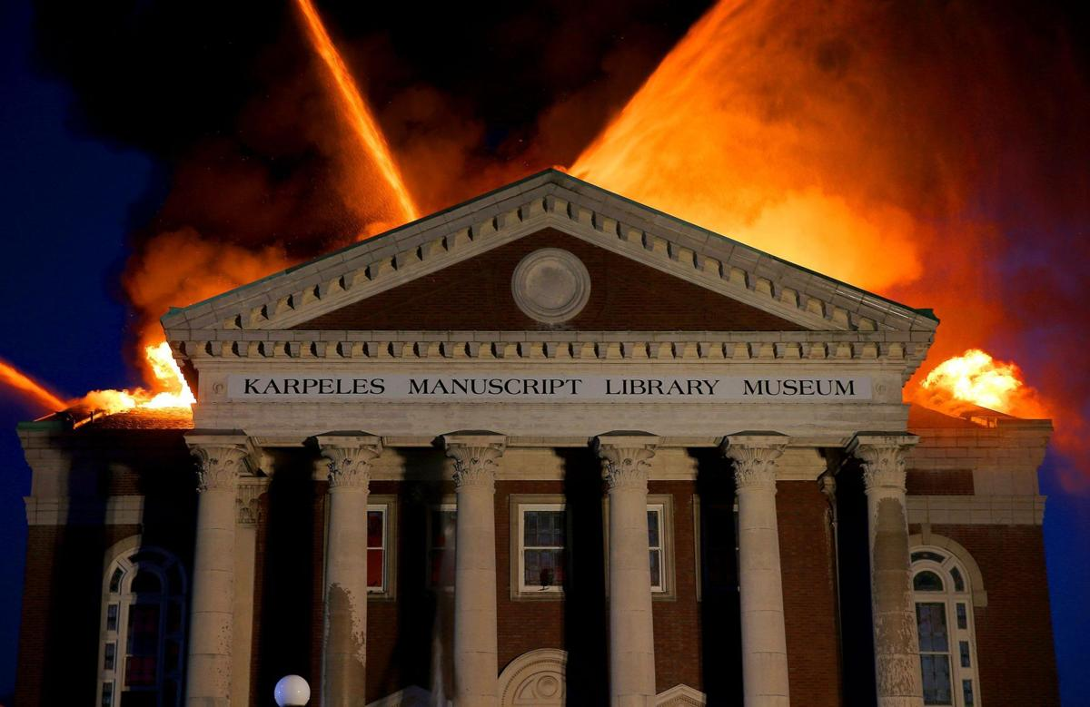 Historic building and museum burns