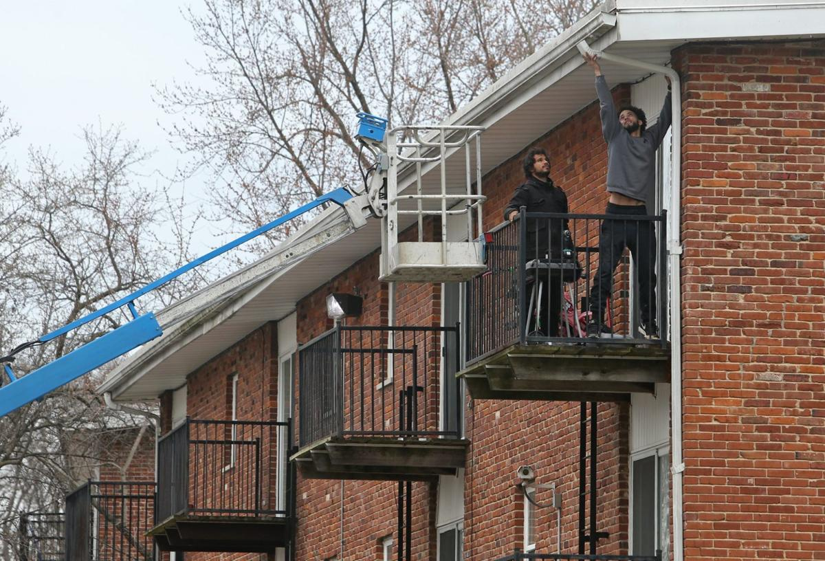 Bank forecloses on T E H  Realty's Park Ridge Apartments in