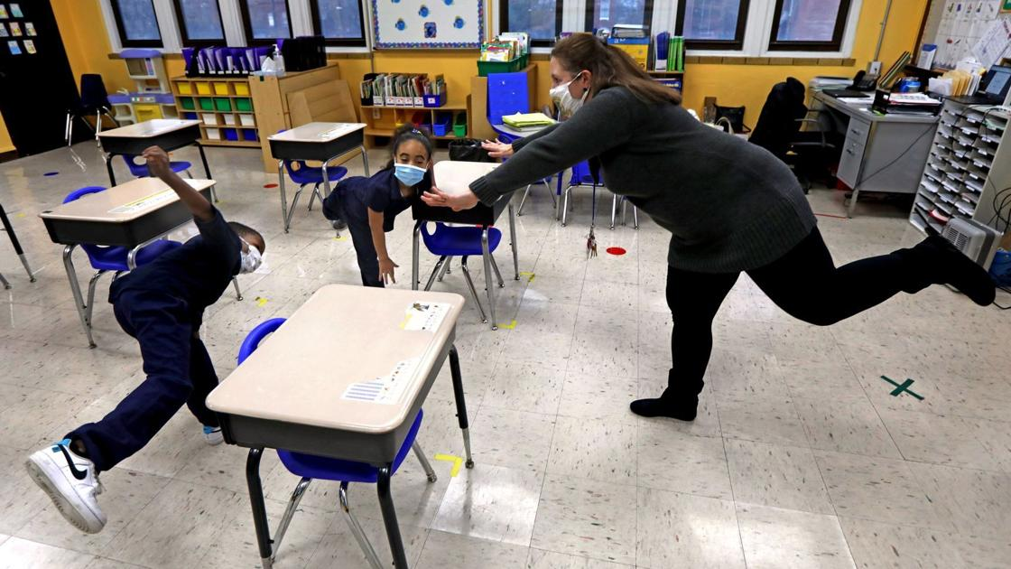 Letter: Stop promoting mythical advantages of charter schools