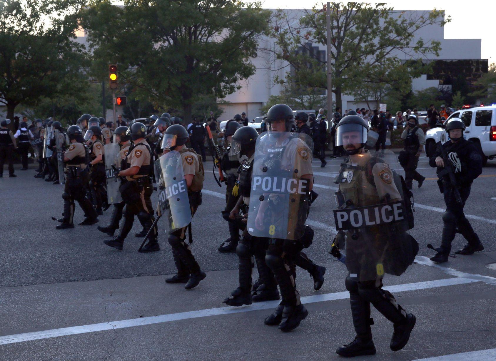 Galleria Shut down Blatant defiance of police