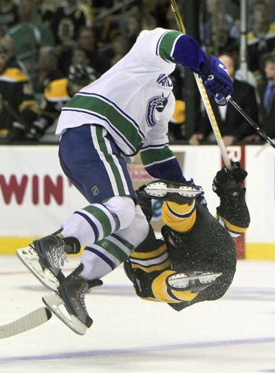 Blues Players Weigh In On Hit Bruins Horton