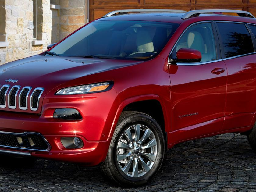 2017 Jeep Cherokee Overland: High country capable in high society suit