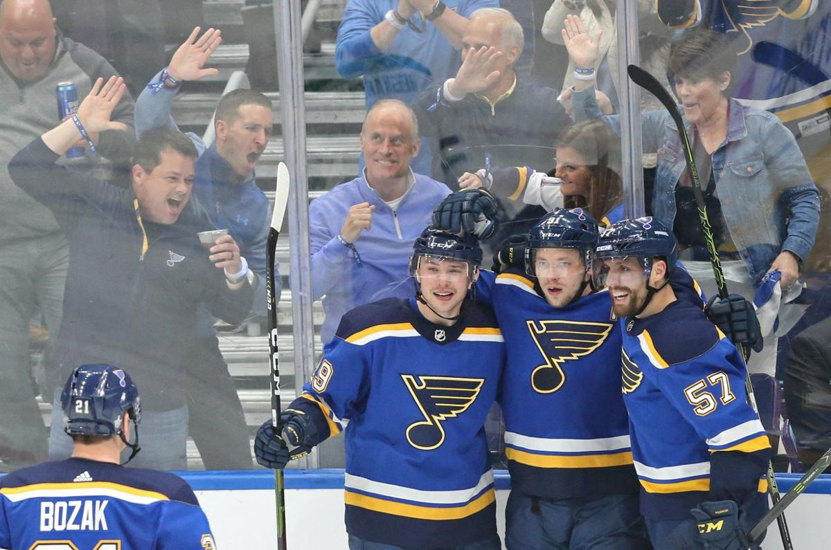 c8c629a2a66 Hot start for Blues and Tarasenko in Game 1 win over Stars