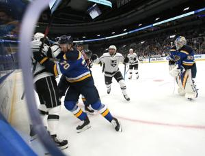 Sundqvist Schritte in Tarasenko spot on Blues' top line