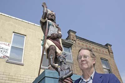 Cherokee Street sculptor is his own worst critic