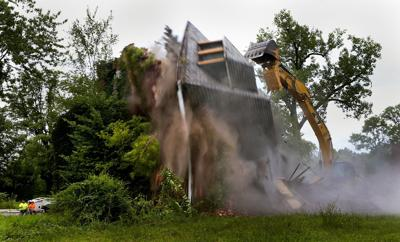 St. Louis demolitions bring renewed risk for lead poisoning