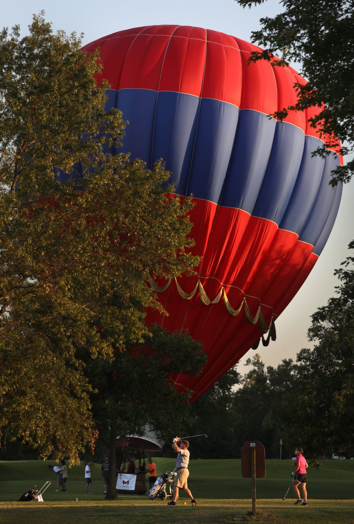 Unexpected landing at Great Forest Park Balloon Race