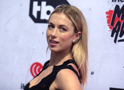 Iliza Shlesinger Wedding.Late Show Added For Iliza Shlesinger At The Pageant The Blender