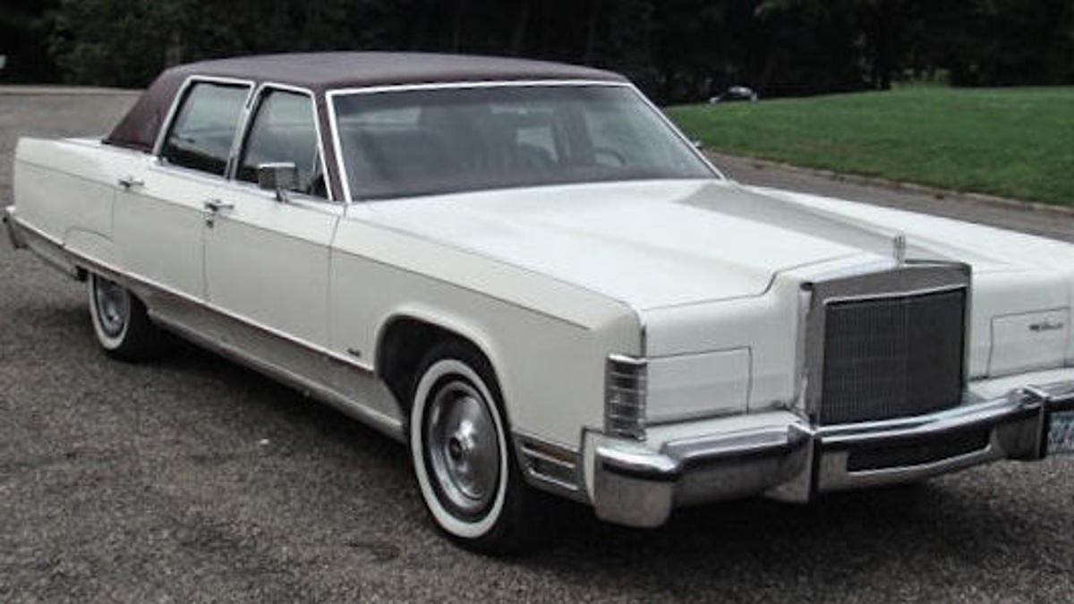 The 1977 Lincoln Continental Town Car Was The Largest Car On The