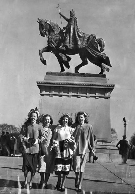 Look Back: King Louis IX statue on Art Hill