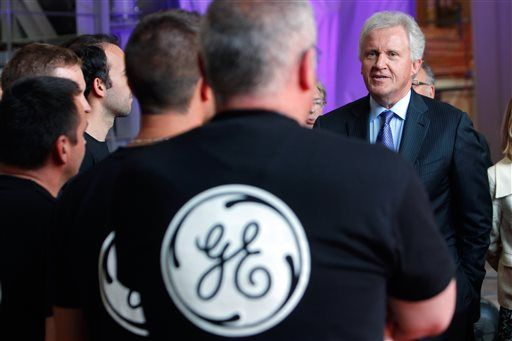 GE CEO talking to French workers