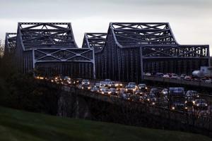 乗り車線のBlanchette橋の開始曜日