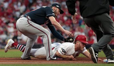 Braves take NLDS lead with 3-1 victory over Cardinals