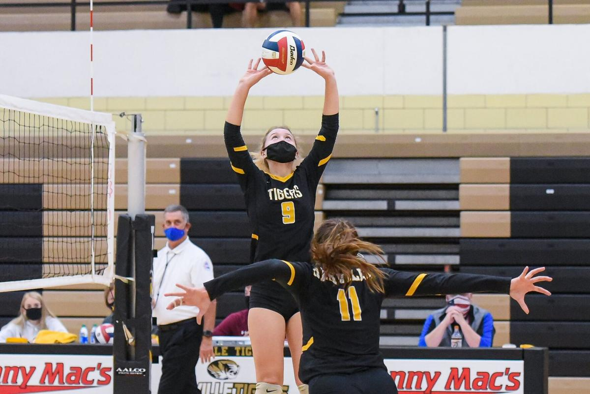 10/29/20 - Girls Volleyball - C5 D2 Oakville vs Mehlville