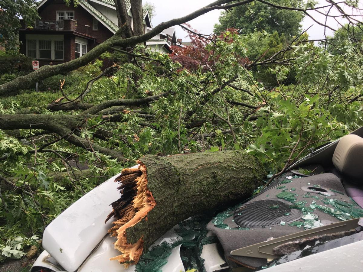 Storm causes extensive damage in St.  Louis overnight