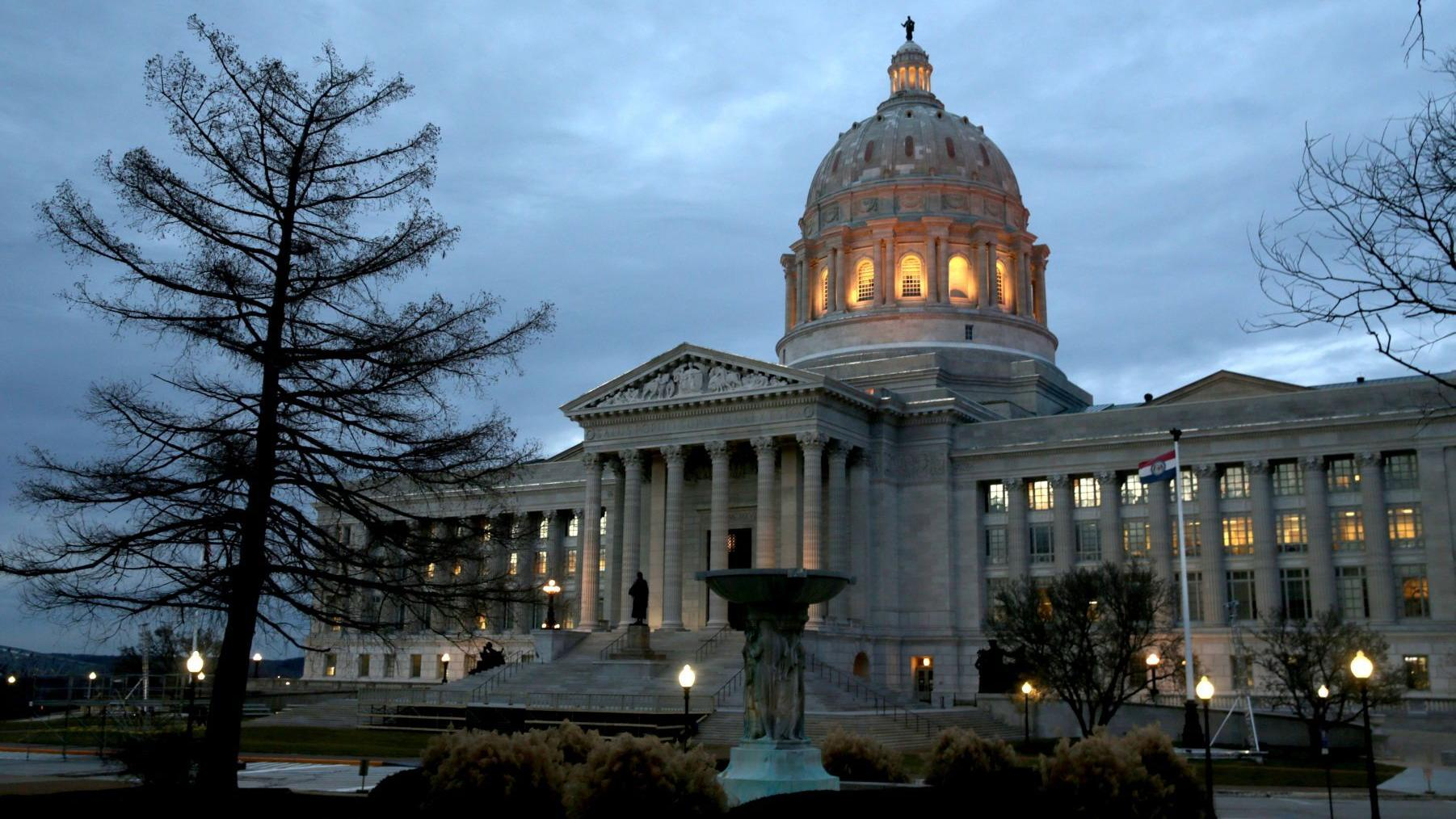 Financial help for foster and adoptive parents advances in Missouri House