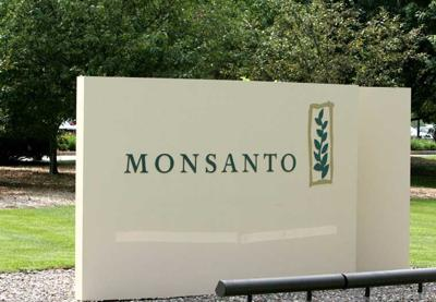 Sign outside Monsanto headquarters in 2005
