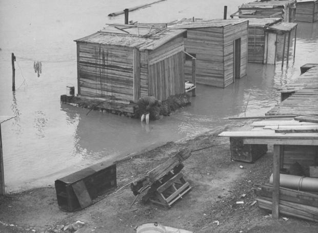 Hooverville flood  1931   NewsInside Hooverville Homes