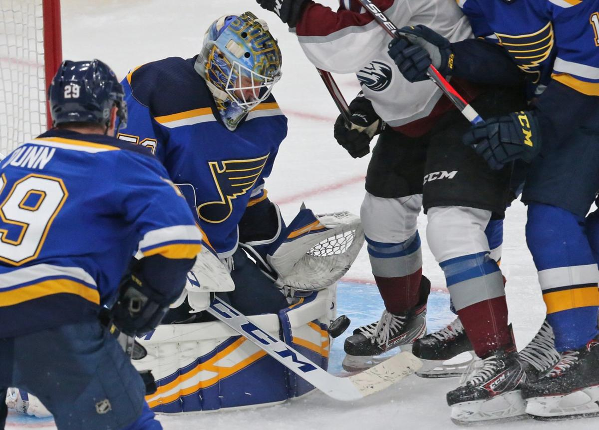 The Blues and the Avalanche battle at Enterprise Center