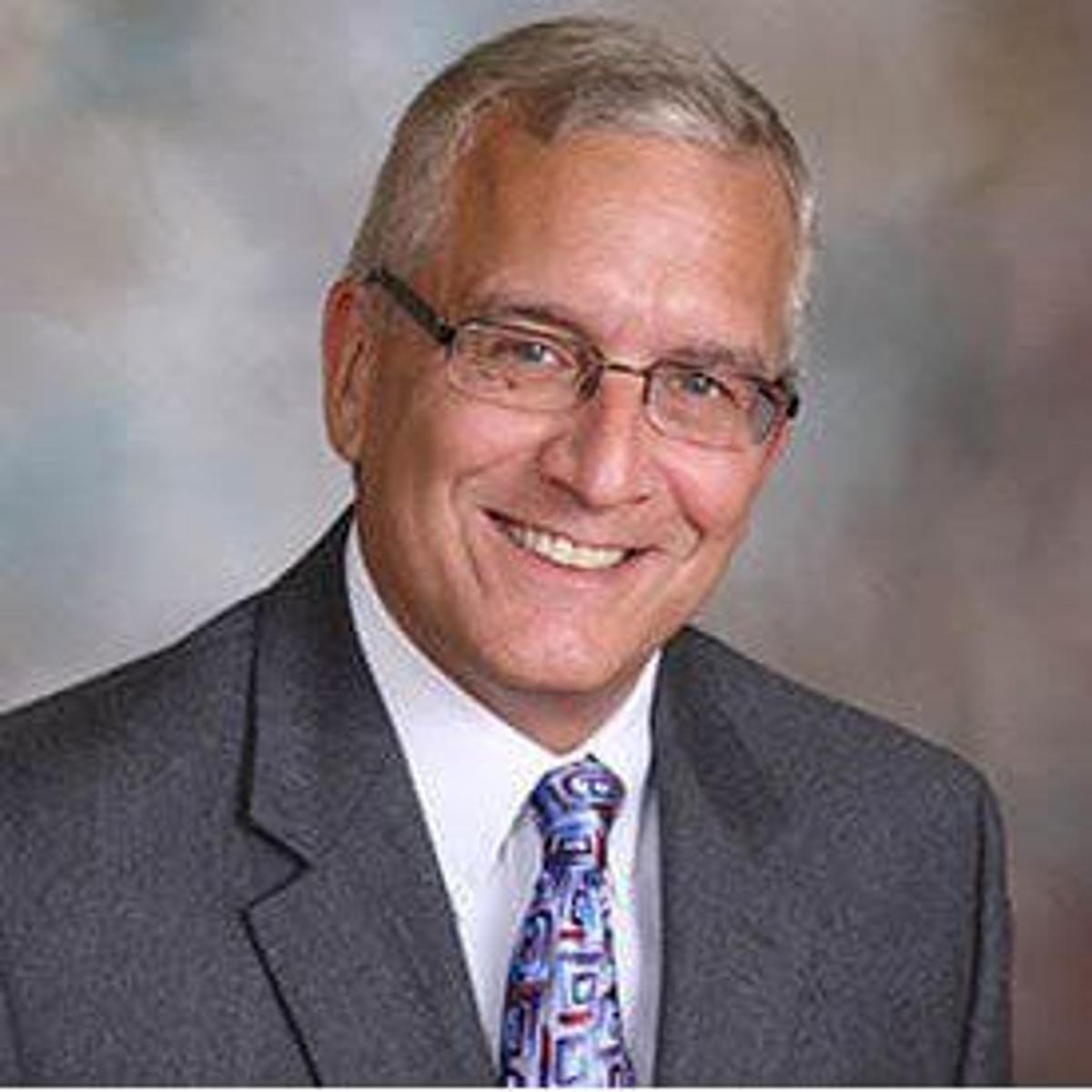 Longtime St  Louis orthopedic surgeon dies in car crash in