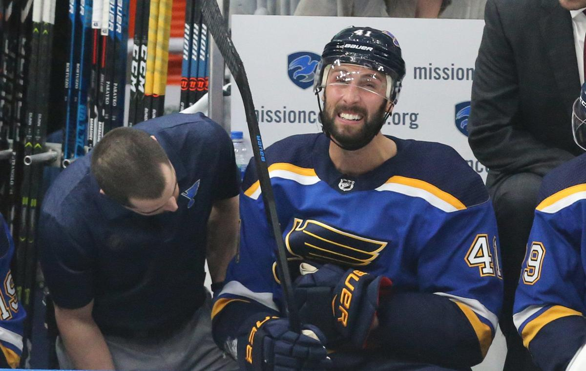 Blues and Jets battle in game 3 of the playoffs