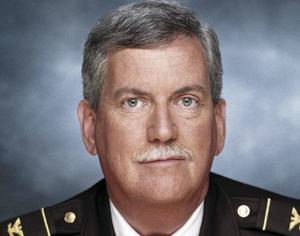 葬儀の手配を設け前にセントルイス郡警察署長Jerry Lee