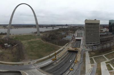Screenshot from CityArchRiver web cam