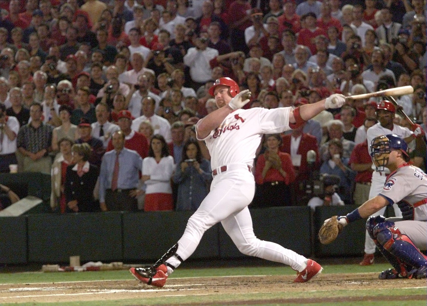 1999 Starting Lineup Mark McGwire Home Run Record Breaker Long Gone Summer